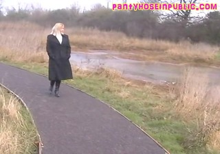 british bbw housewife in sexy nylon hose voyeur