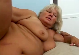 hairy mature big beautiful woman drilled